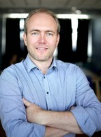 Tino Niggemeier ist neues Mitglied im Expertennetzwerk Loge8