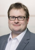 """Wort & Bild Verlag: Dr. Dennis Ballwieser übernimmt Chefredaktion der """"Apotheken Umschau"""""""